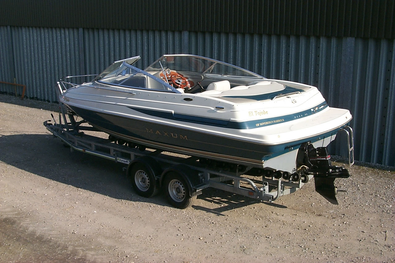 Boat and trailer Storage